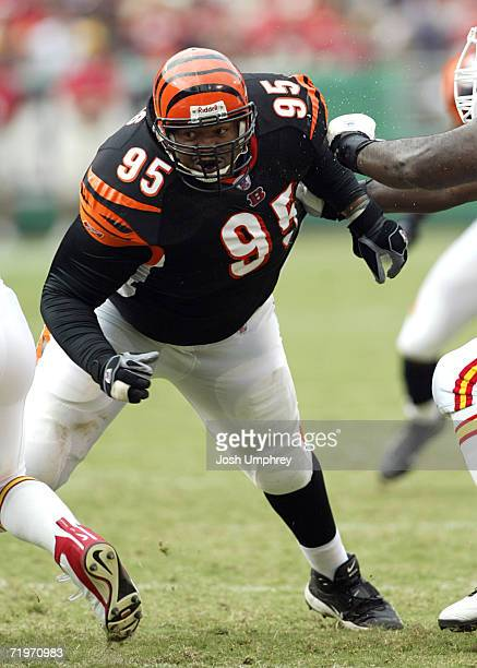 Defensive tackle Sam Adams of the Cincinnati Bengals tries to break through guard Will Shields against the Kansas City Chiefs on September 10 2006 at...