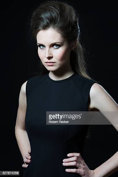 defiant look of young woman - one young woman only stock pictures, royalty-free photos & images