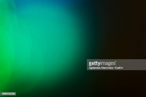 defocused image of lights - lens flare stock pictures, royalty-free photos & images