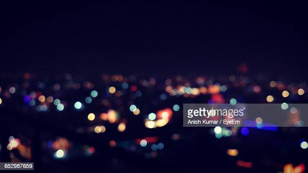 defocused lights at night - focus on foreground stock pictures, royalty-free photos & images