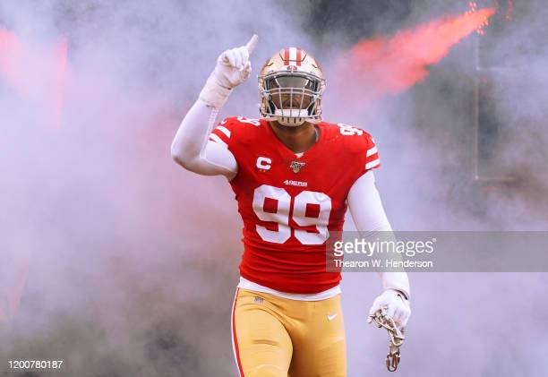 DeForest Buckner of the San Francisco 49ers runs onto the field prior to the start of the NFC Championship game against the Green Bay Packers at...