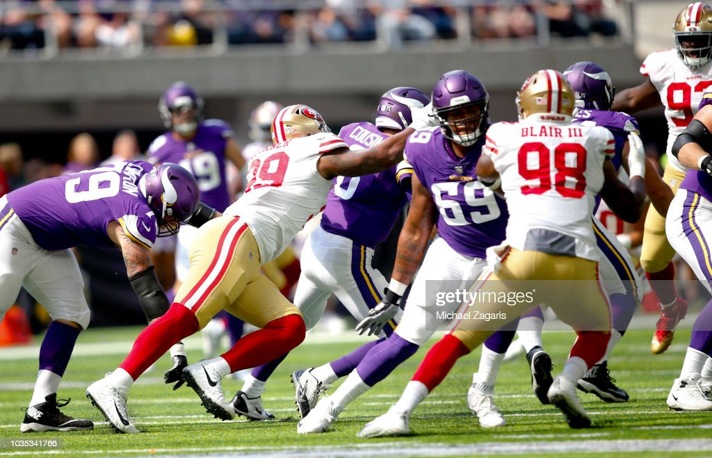San Francisco 49ers v Minnesota Vikings : News Photo