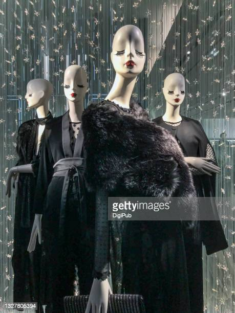 deformed female like mannnequins - 2017 stock pictures, royalty-free photos & images