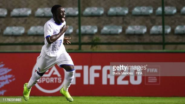Degnand Gnonto of Italy celebrates a scored goal during the FIFA U17 Men's World Cup Brazil 2019 group F match between Mexico and Italy at Valmir...