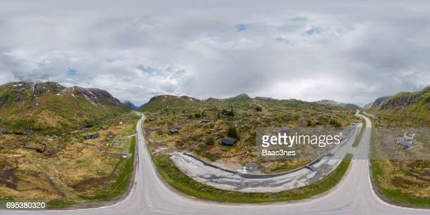 360 degree aerial view of a hunnedalen (cabin village), norway - 360 degree view photos et images de collection