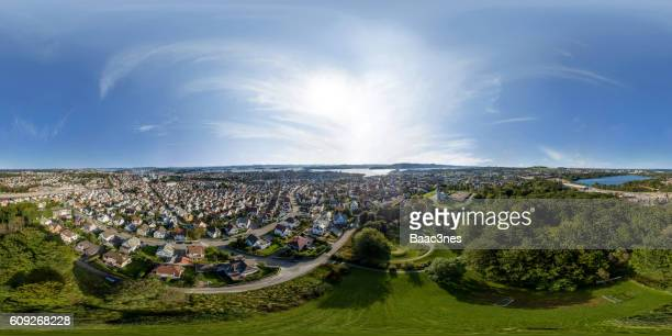 360 degree aerial view of våland in stavanger, norway - 360 degree view photos et images de collection