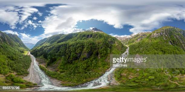 360 degree aerial view - on the way to the glacier buerbreen, norway - 360 degree view photos et images de collection