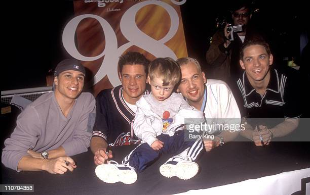 98 Degrees Drew Lachey Nick Lachey Justin Jeffre and Jeff Timmons