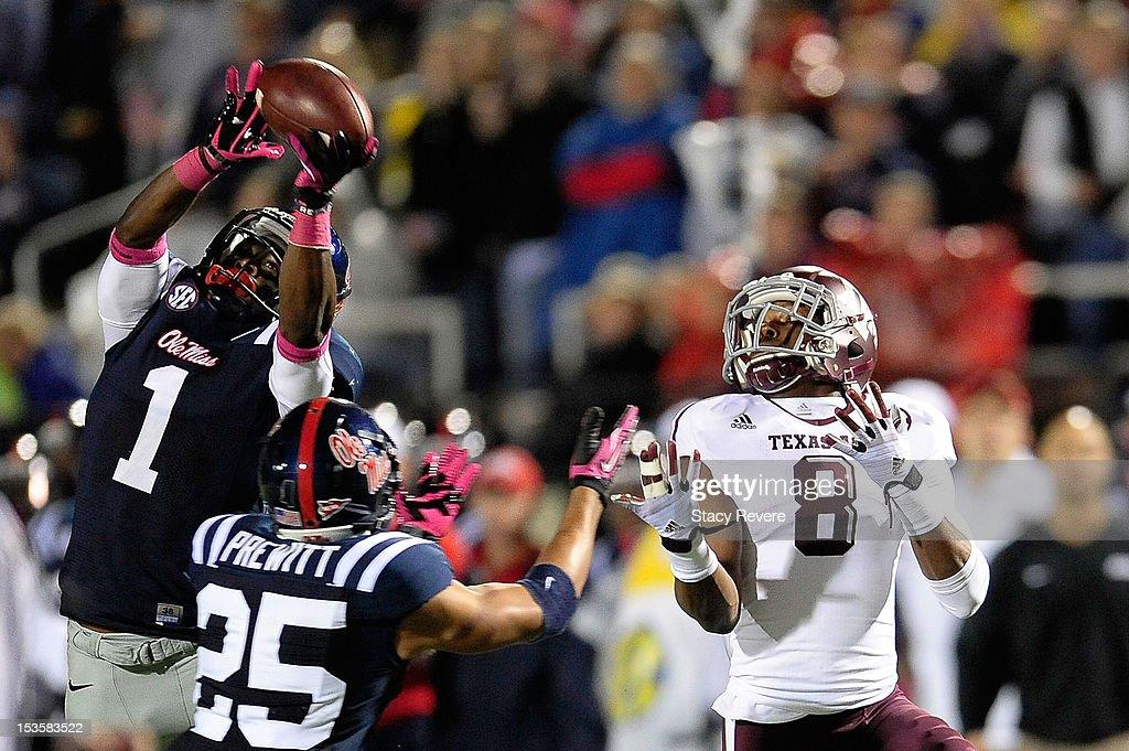 Texas A&M v Mississippi : News Photo