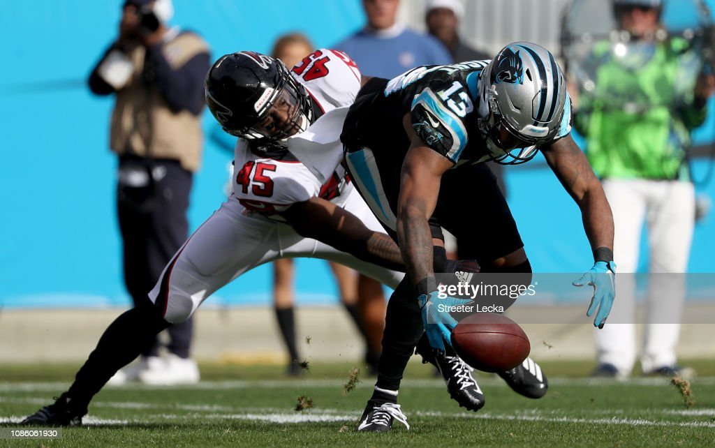 Atlanta Falcons v Carolina Panthers : News Photo