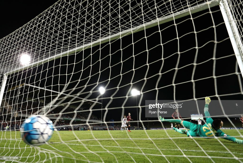 Dejan Damjanovic of FC Seoul scores his teams third goal past Vedran Janjetovic of the Wanderers during the AFC Champions League match between the Western Sydney Wanderers and FC Seoul at Campbelltown Sports Stadium on April 11, 2017 in Sydney, Australia.