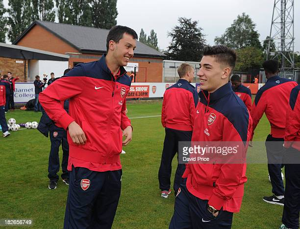 Dejan Iliev and Hector Bellerin of Arsenal check out the pitch before the match between Arsenal U19 and Napoli U19 in the UEFA Youth League on...