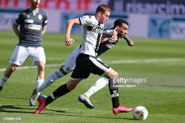 Dejan Kulusevski of Parma Calcio battles for the ball with Mohamed Fares of SPAL during the Serie A match between Parma Calcio and SPAL at Stadio...