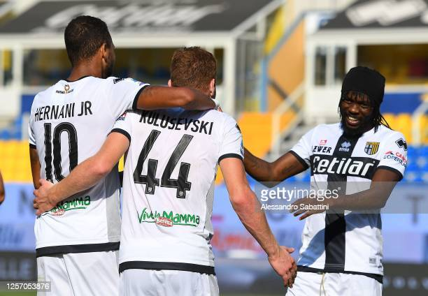 Dejan Kulusevski of Parma Calcio celebrates after scoring his team second goal during the Serie A match between Parma Calcio and UC Sampdoria at...