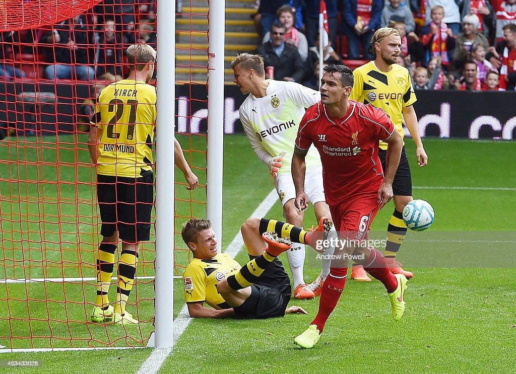 Liverpool v Borussia Dortmund - Pre Season Friendly : News Photo