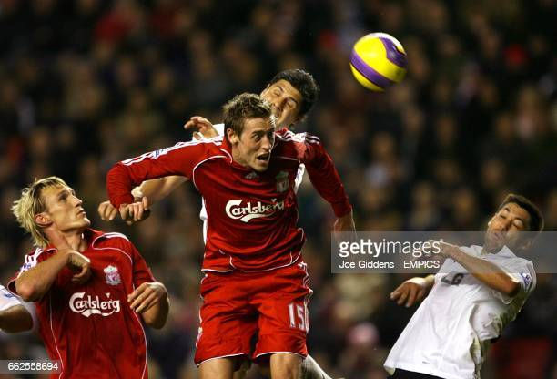 Dejan Stefanovic, Fulham and Peter Crouch, Liverpool battle for the ball
