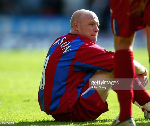 A dejected Andy Johnson of Palace looks on at full time at the Barclays Premiership match between Crystal Palace v Southampton at Selhurst Park on...