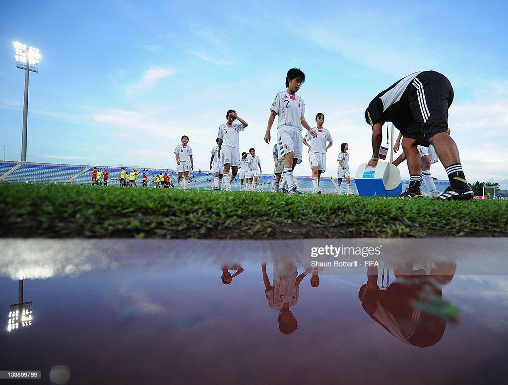 Spain v Japan - FIFA U17 Women's World Cup : Fotografía de noticias
