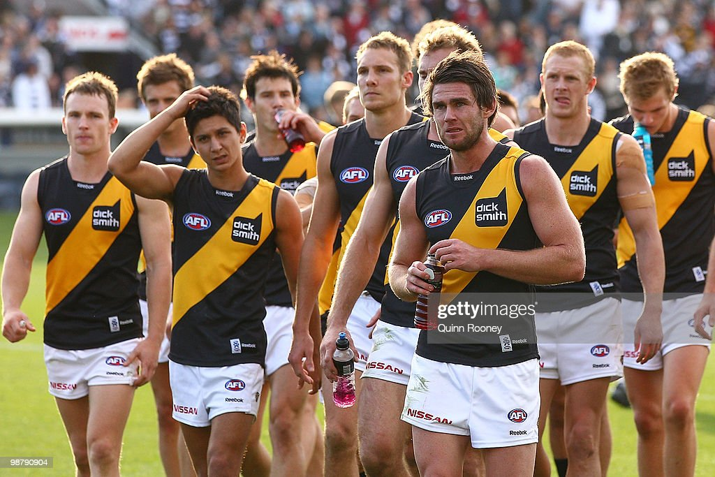 A dejected looking Tigers team leaves the ground after losing the round six AFL match between the Geelong Cats and the Richmond Tigers at Skilled Stadium on May 2, 2010 in Melbourne, Australia.