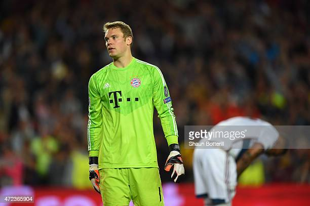 A dejected Manuel Neuer of Bayern Muenchen reacts followinghis team's 30 defeat during the UEFA Champions League Semi Final first leg match between...