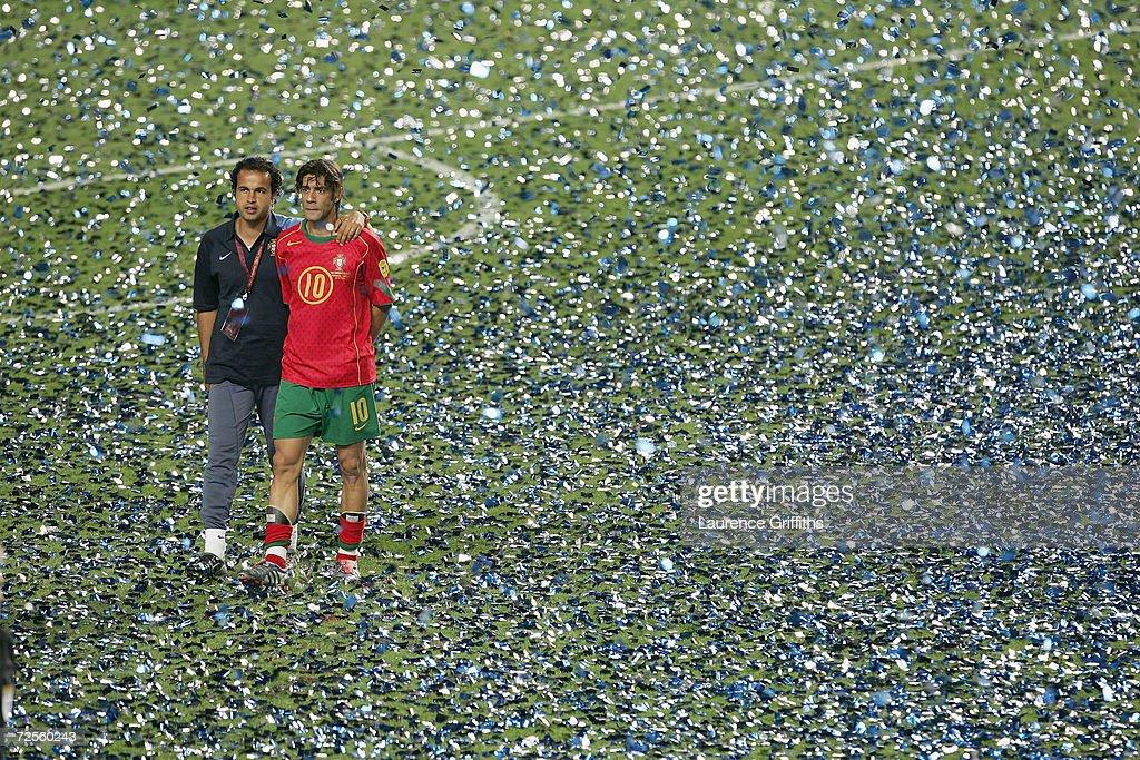 POR: Euro2004 Final: Portugal v Greece : News Photo