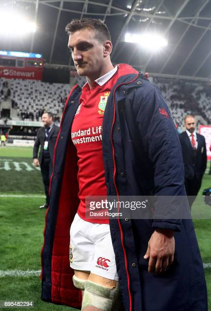 A dejected Sam Warburton of the Lions walks off the pitch following his team's 2322 defeat during the 2017 British Irish Lions tour match between the...