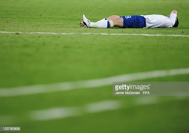 Dejection for Billy Knott of England during the FIFA U20 World Cup Round of 16 match between Nigeria and England at the Estadio Centenario on August...