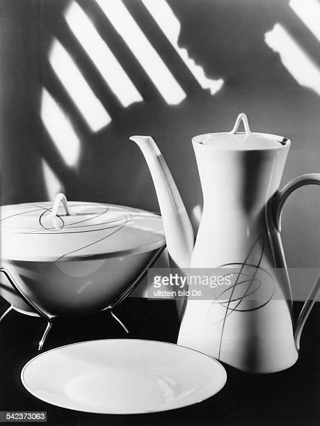 DekorKombination 'New Look' Dekor 'Goldakkord' von Josef Galitzendörfer auf der Form '2000' von Raymond Loewy 1955