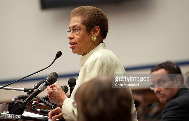 Del Eleanor Holmes Norton DDC and DC Mayor Vincent Gray speak at a news conference opposing HR3803 and S2103 the District of Columbia PainCapable...