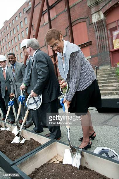 Del. Eleanor Holmes Norton, D-DC., shovels dirt at a groundbreaking ceremony at the Central Union Mission's new building on the site of the former...