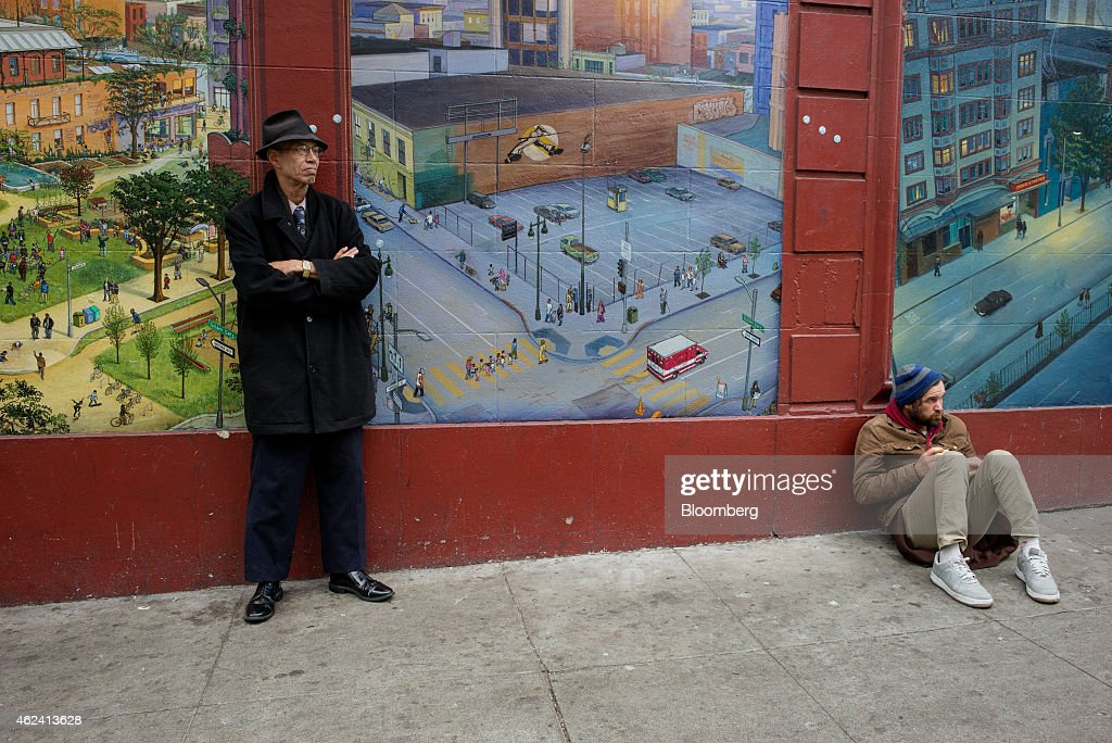 San Francisco's Tenderloin Resists New Money Invasion : News Photo