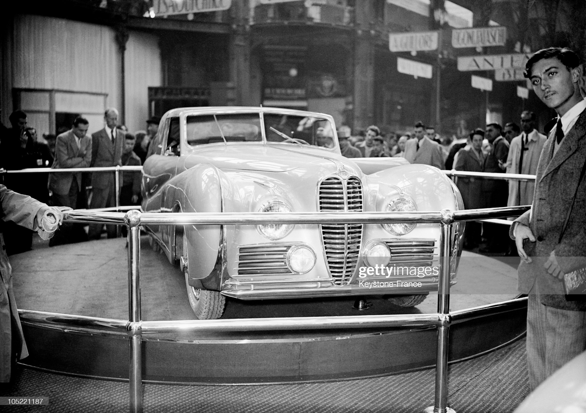 A Delahaye At The Auto Show In 1947 : News Photo