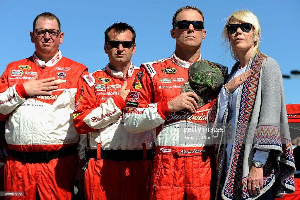 Hollywood Casino 400 : News Photo