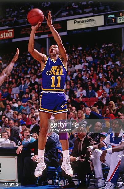 Delaney Rudd of the Utah Jazz shoots against the Sacramento Kings circa 1990 at Arco Arena in Sacramento California NOTE TO USER User expressly...