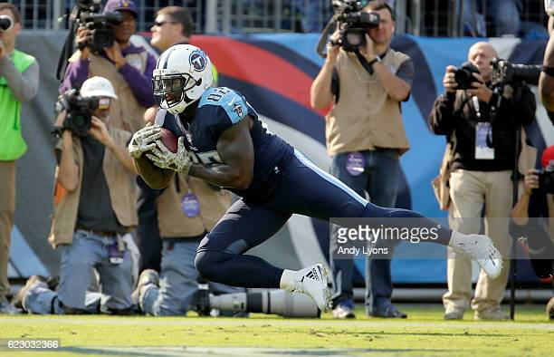 Delanie Walker of the Tennessee Titans catches a touchdown pass during the game against the Green Bay Packers at Nissan Stadium on November 13 2016...