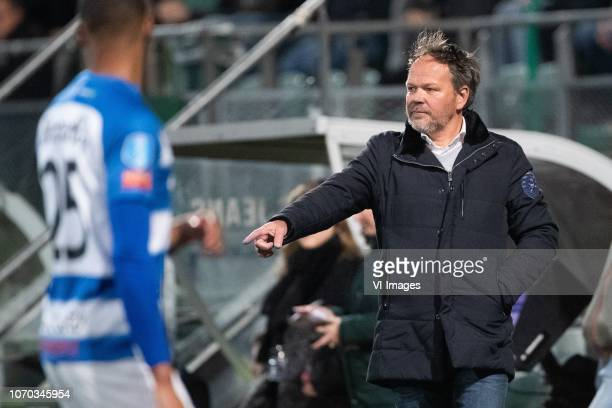 Delano Burgzorg of De Graafschap De Graafschap coach Henk de Jong during the Dutch Eredivisie match between ADO Den Haag and De Graafschap Doetinchem...
