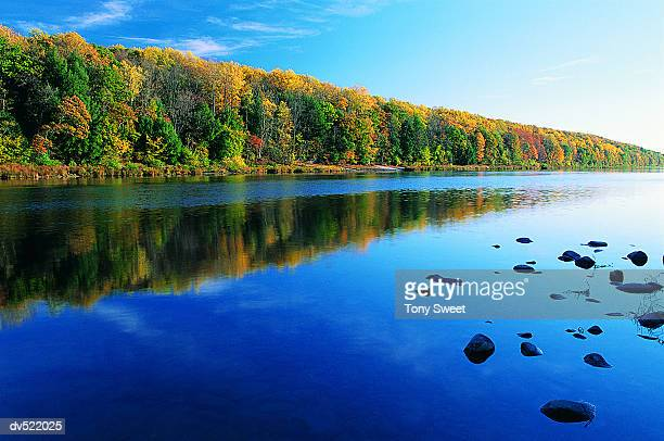 delaware water gap, pennsylvania, usa - pocono mountains stock pictures, royalty-free photos & images