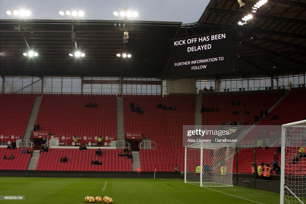 Stoke City v West Ham United - Premier League : News Photo