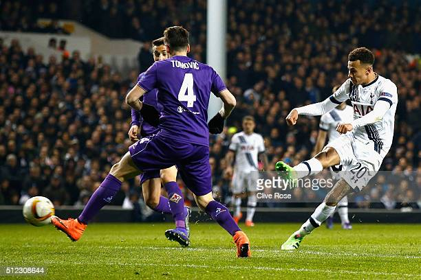 Dele Alli of Tottenham Hotspur shoots at goal during the UEFA Europa League round of 32 second leg match between Tottenham Hotspur and Fiorentina at...