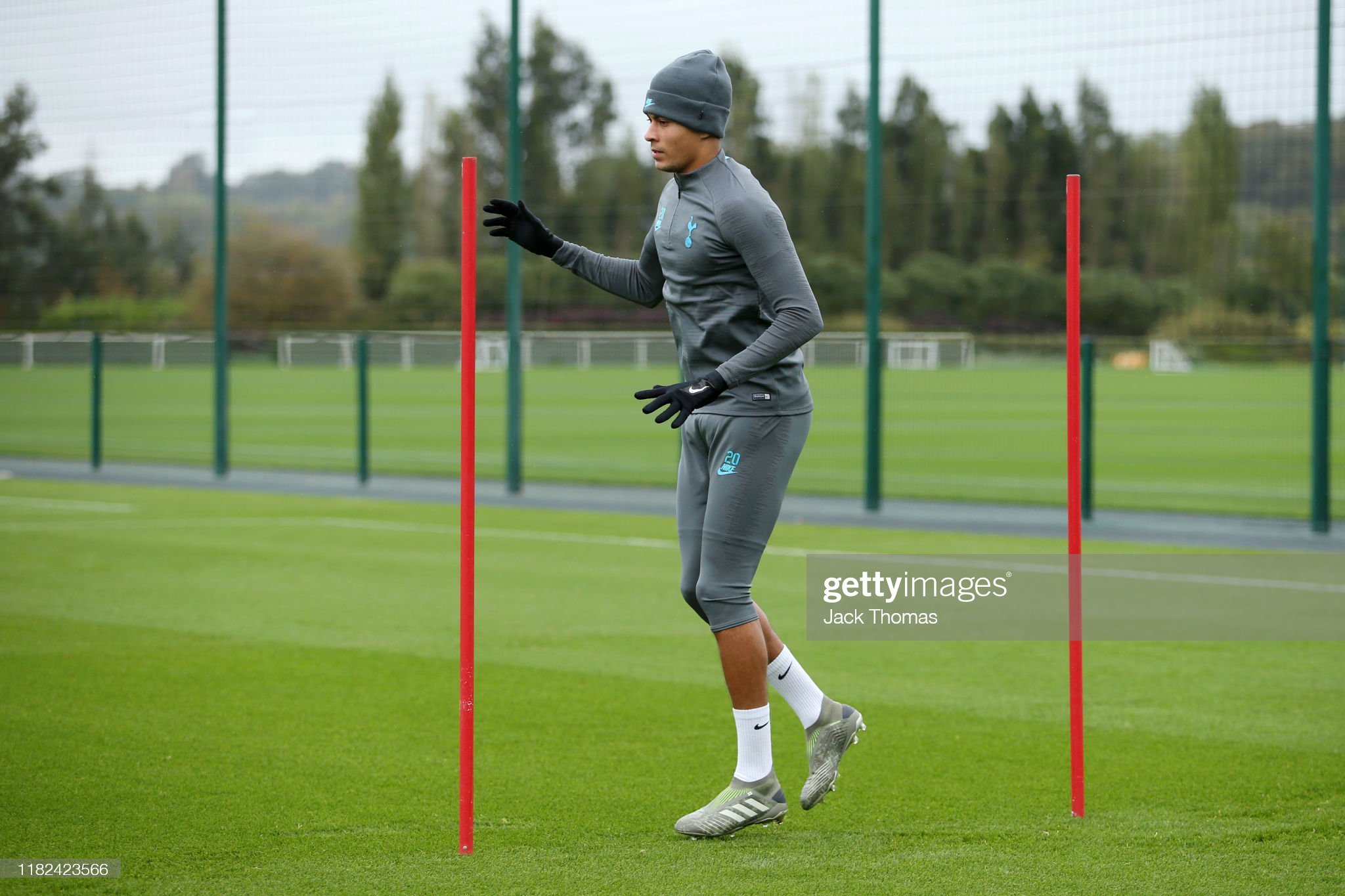 dele-alli-of-tottenham-hotspur-takes-part-in-a-training-session-ahead-picture-id1182423566?s=2048x2048