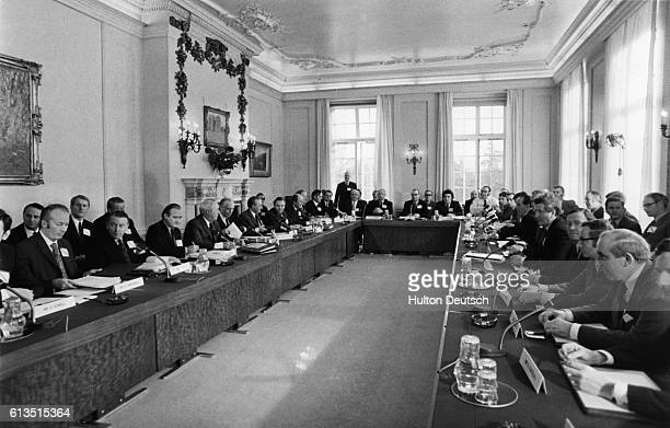 Delegates from the British government and the Northern Ireland Executive government meet to discuss the question of home rule for Ireland during the...