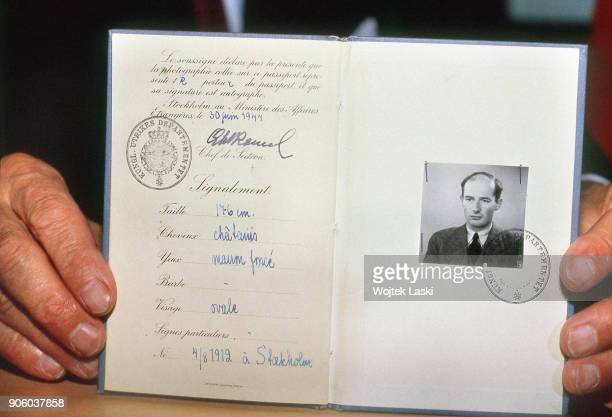 A delegation of the Raoul Wallenberg Committee visits the KGB headquarters where many documents and personal items of the Swedish diplomat were...