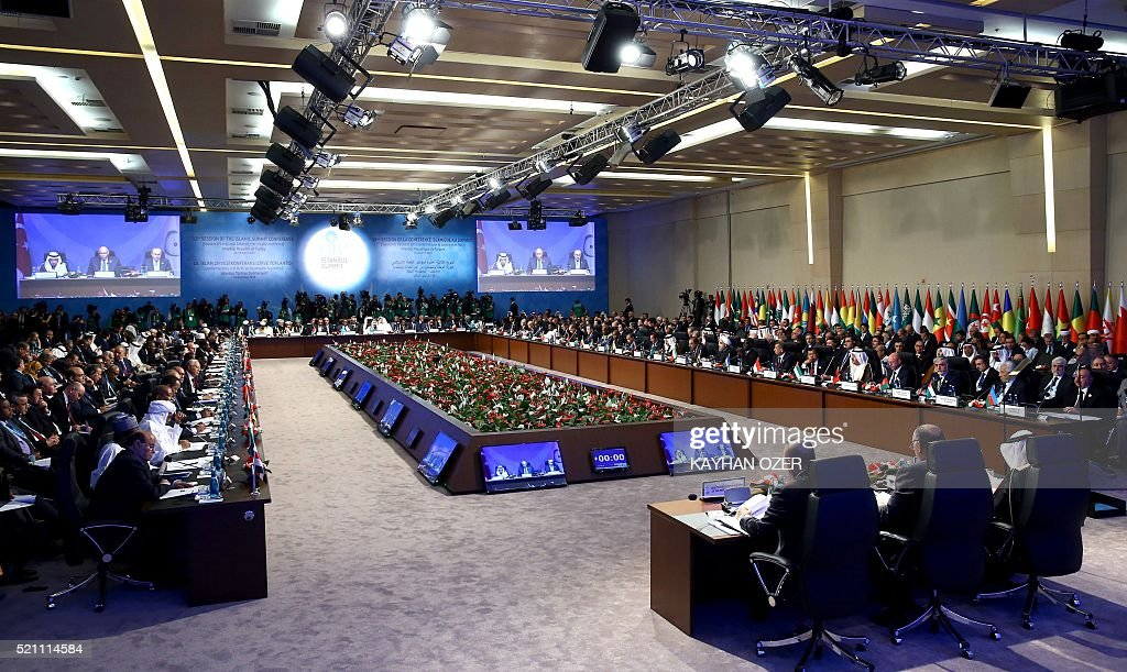 Delegations attend to opening session of the 13th Organization of Islamic Cooperation (OIC) Summit at Istanbul Congress Center (ICC) on April 14, 2016 in Istanbul. Turkish President Recep Tayyip Erdogan on April 14 hosts over 30 heads of state and government from Islamic countries in Istanbul for a major summit aimed at overcoming differences in the Muslim world. / AFP / POOL / KAYHAN