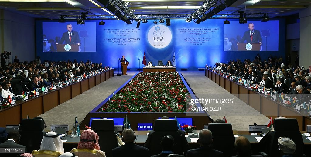 Delegations listen to Turkish President Recep Tayyip Erdogan during the opening session of the 13th Organization of Islamic Cooperation (OIC) Summit at Istanbul Congress Center (ICC) on April 14,2016 in Istanbul. Erdogan on April 14 hosts over 30 heads of state and government from Islamic countries in Istanbul for a major summit aimed at overcoming differences in the Muslim world. / AFP / KAYHAN