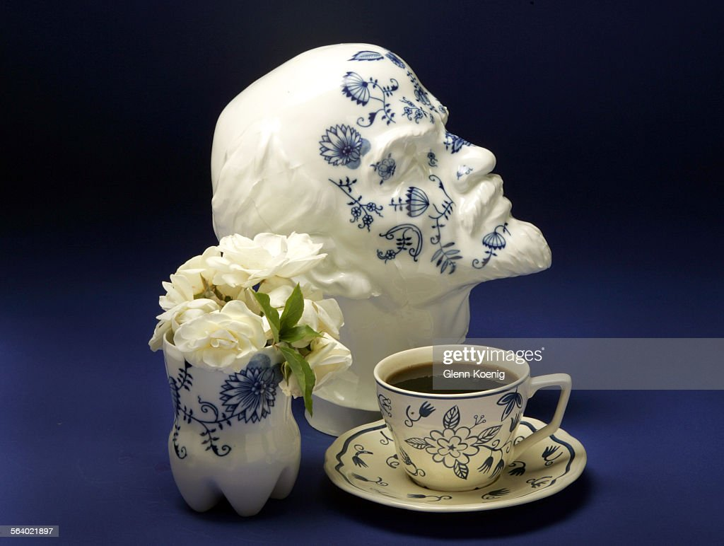 Delft, the blue and white pottery from Holland is in high style once ...