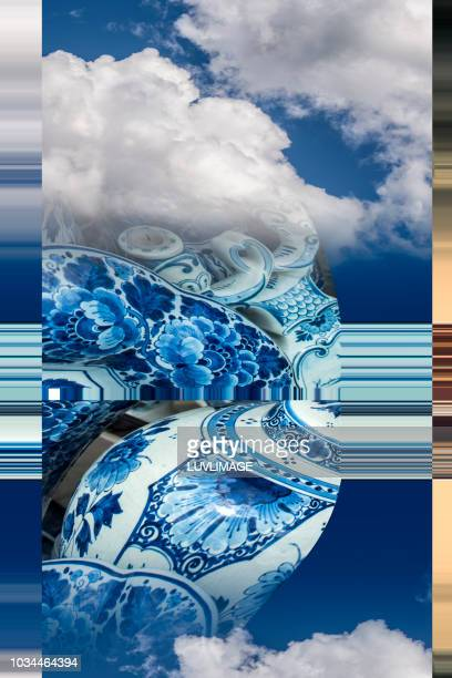 delft's blauw aardewerk. - blauw stock pictures, royalty-free photos & images