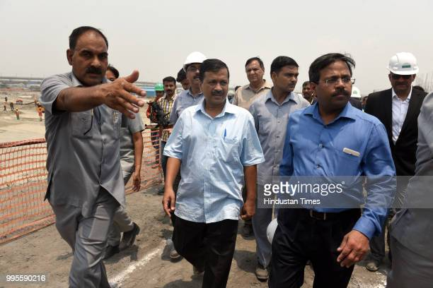 Delhi chief minister Arvind Kejriwal with CEO of Delhi Jal Board Anil Kumar Singh during their visit to Coronation Sewage Treatment Plant at Burari...