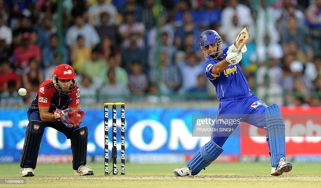 Delhi Daredevils wicket keeper Naman Ojh : News Photo