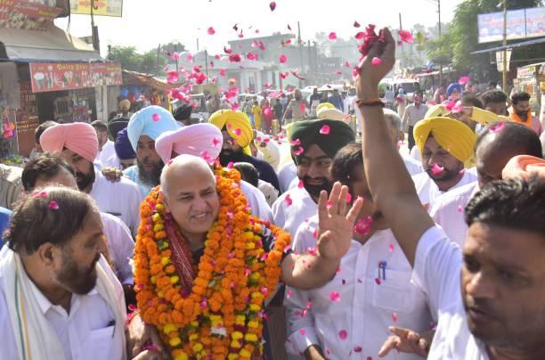 IND: Delhi Deputy Chief Minister Manish Sisodia Visits Ram Tirath Temple In Amritsar