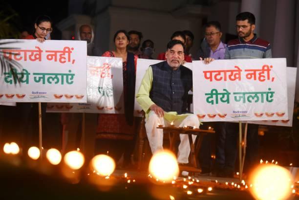 IND: Delhi Environment Minister Gopal Rai Launches Patakhe Nahi, Diye Jalao Campaign